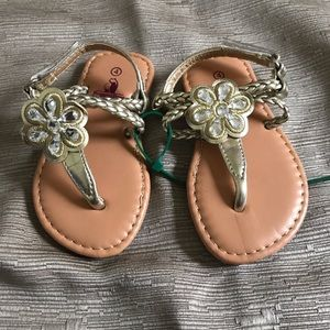 Other - Size 4c sandals.